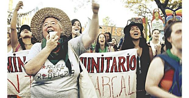 Manifestación de Pañuelos en Rebeldía. Foto: Martina Korol