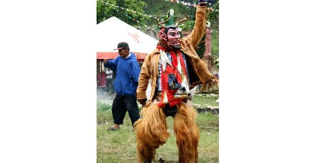 Danza de diablos, San Juan Copala, Oaxaca. Foto: Esperanza Ignacio Felipe