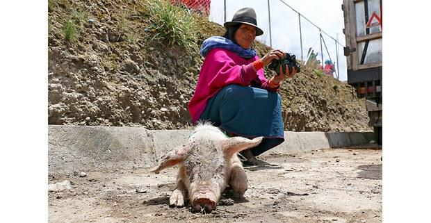 Mujer kichwa después de las protestas. Ecuador, octubre de 2019. Foto: Mario Olarte