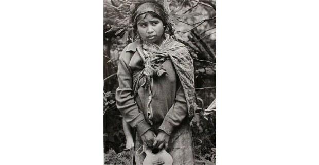 Niña de Guatemala, campamento de refugiados La Hamaca, Chiapas, 1982. Foto: Marta Zarak