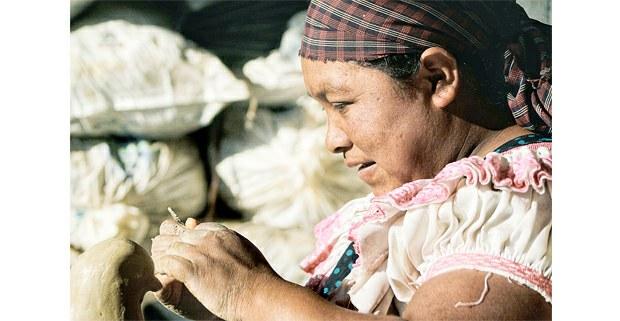 Dando vida en la comunidad tseltal de Amatenango del Valle, Chiapas. Foto: Mario Olarte