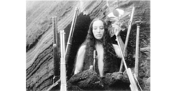Los hombres cultos, 1972. Fotograma de Nacho López