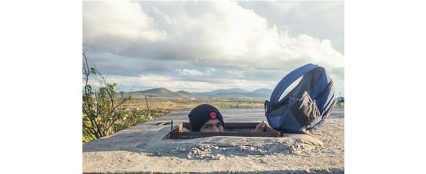 Elías en el paisaje de Cadereyta, Querétaro. Foto: Jerónimo Palomares