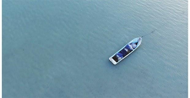 Fotograma de La marea, documental de Miguel Novelo en Seybaplaya, Campeche